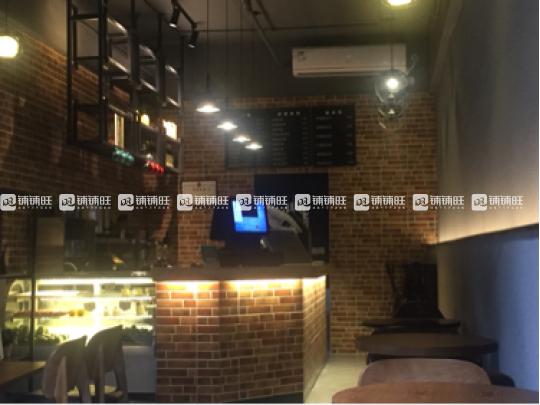 龙华新区油松86㎡咖啡馆转让,营业中